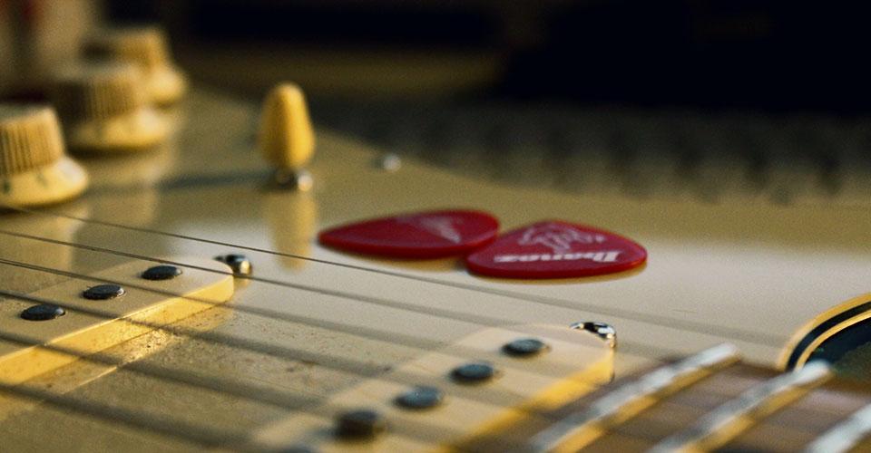 chitarra ritmica tecnica chitarra elettrica