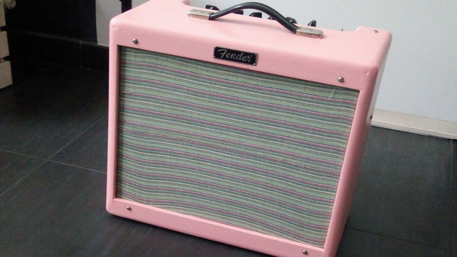 fender blues junior shell pink